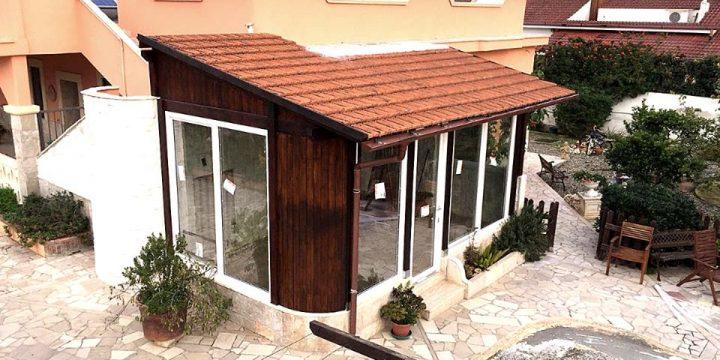 Quali sono gli infissi più convenienti per realizzare una veranda?